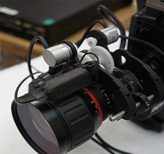 Power Plus' encoder feedback device on the camera head